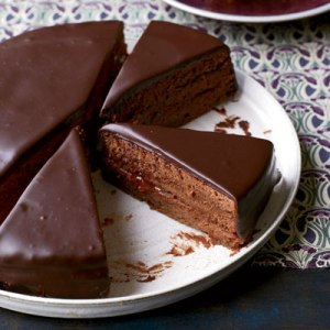 sacher-torte-recipe-fw0512-xl