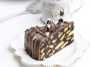 ht_Chocolate_biscuit_cake_kb_141203_4x3t_384