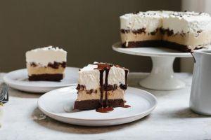4d951591-53b1-458b-b7e4-19b5071ab223--cakecake