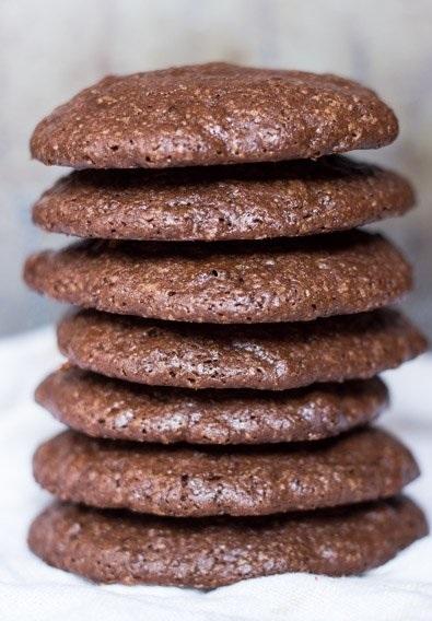dark-chocolate-quinoa-cookies